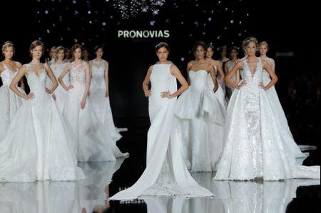 10 robes de mariée Pronovias 2017