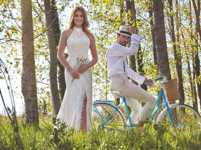 90 robes de mariée à col
