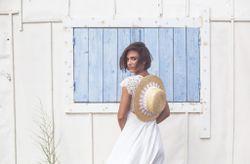 Coiffures pour les mariées aux cheveux courts