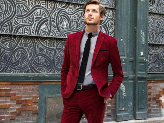 50 nuances de rouge   la bonne couleur pour votre costume de marié 923f4fcd5d2
