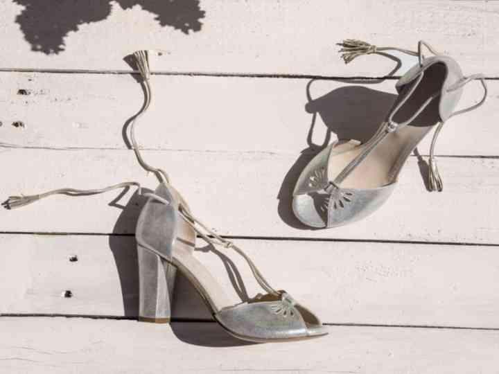 Accessoires mariée : 55 chaussures argentées pour faire briller votre tenue