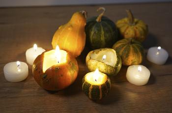 DIY : des photophores ambiance Halloween pour votre mariage d'automne