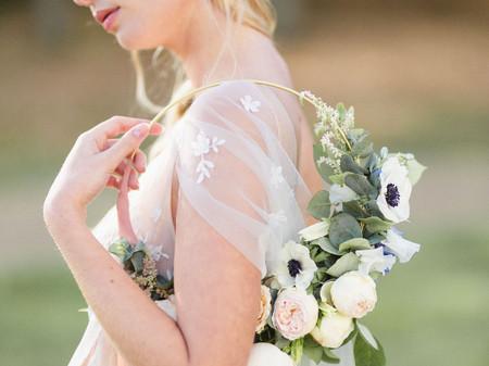 Flower hoop ou bouquet cerceau, l'accessoire de mariée qui sort du lot!