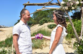 Elodie et Joffrey : après report, premier mariage symbolique à la plage !