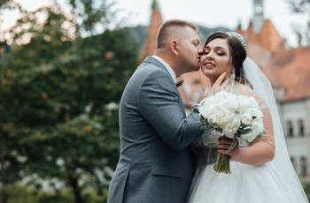 Astuces mode pour les mariés ronds
