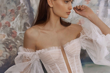 Robes de mariée Galia Lahav 2021 : drapés, transparences et asymétries