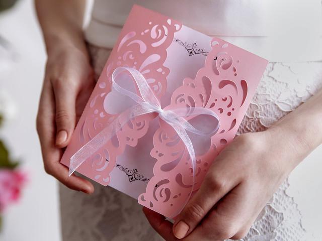 7 ornements à ajouter à vos faire-part de mariage