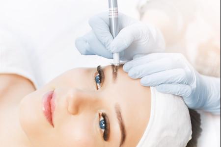 Microblading : maquillage semi-permanent pour les sourcils