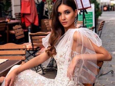 15 robes de mariée nouées aux épaules : une silhouette tout en légèreté