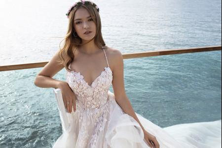 Robes de mariée Cosmobella 2020 : la collection Eterea Eleganza enfin dévoilée