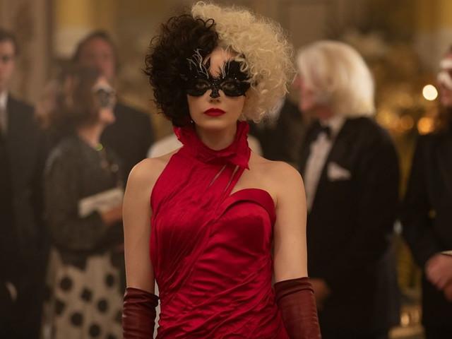 Votre look d'invitée comme... Emma Stone : 5 tendances que vous voudrez imiter pour votre robe de soirée!
