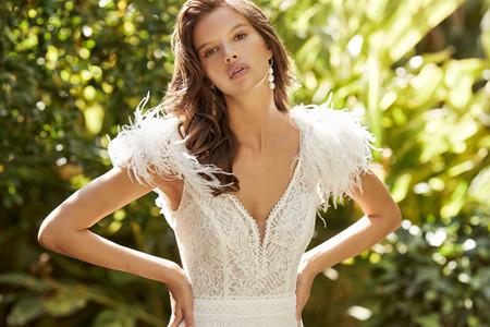 Robes de mariée Adriana Alier 2021 : des silhouettes douces et harmonieuses