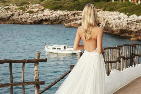 Robes de mariée dos nu ou décolleté halter : les 30 modèles que l'on préfère !