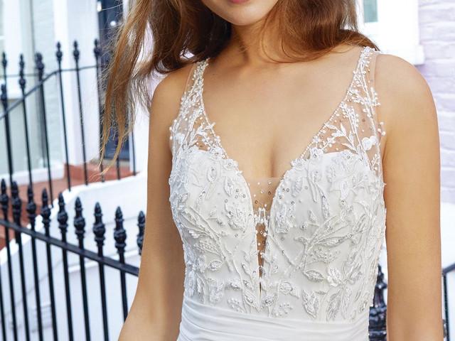 Adore by Justin Alexander : la douceur des robes de mariée automne-hiver