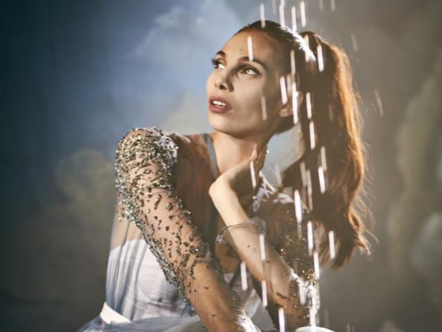 Les robes de soirée haute couture et rétro-glamour de Julien Fournié