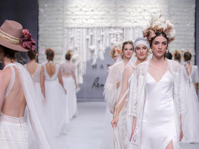 Tendances coiffure de mariée 2020 : plaquées ou décoiffées mais toujours originales !