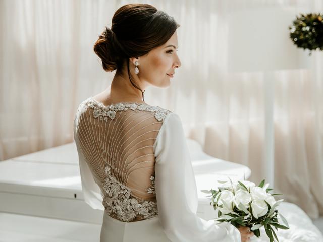40 robes de mariée bijoux pour un look plein d'éclats