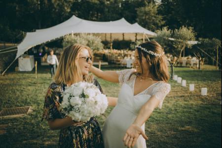 Pourquoi lance-t-on le bouquet de la mariée ?