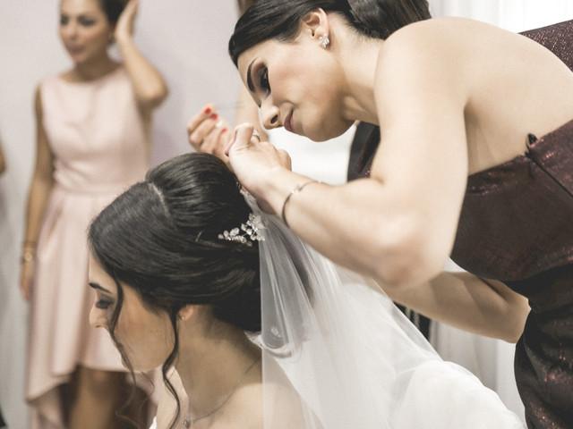 Coiffures orientales pour mariage : le style glamour du chignon libanais