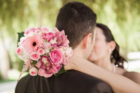 Octobre Rose : les accessoires de mariée engagés