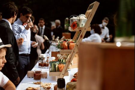 Étagères et gastronomie s'allient pour la présentation des buffets de mariage !