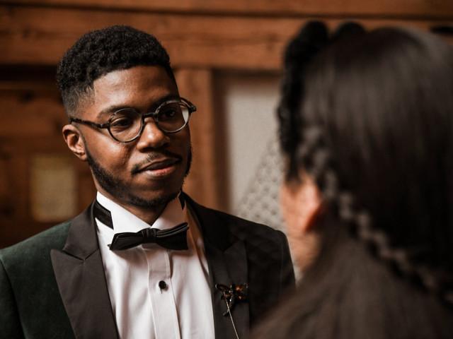 Mariés aux cheveux afro, adoptez la tendance nappy au masculin !