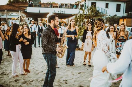 La playlist idéale pour les mariages à la plage