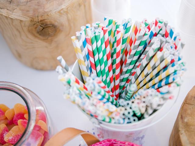 7 options pour remplacer les pailles en plastique à son mariage