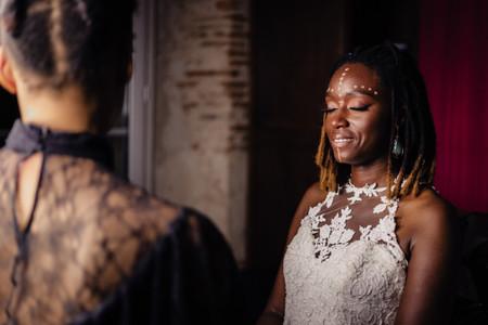 Make-up de mariée tribal : des pigments pour une beauté de caractère