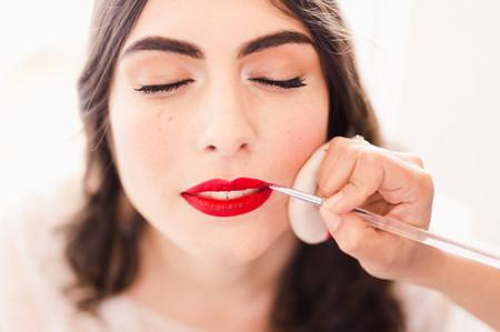 Tutoriel vidéo : un maquillage affirmé pour la mariée