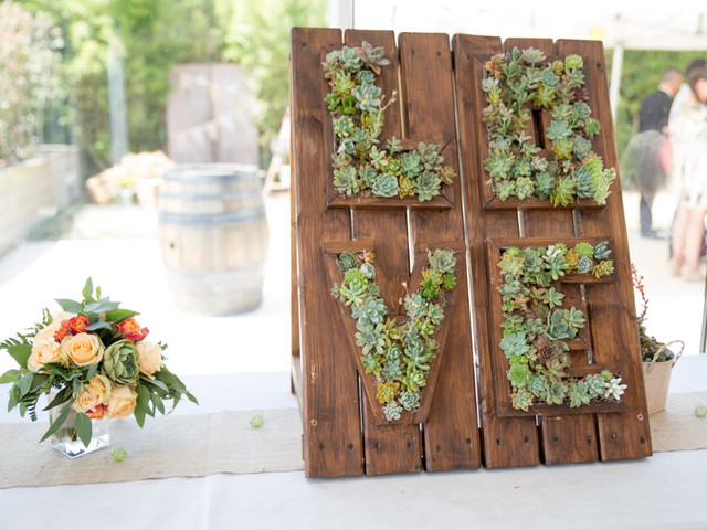 Lettres végétales pour décorer votre lieu de réception