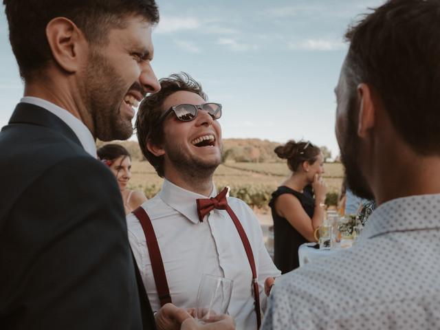 « Plus un » : faut-il inviter les conjoints de ses amis à son mariage ?
