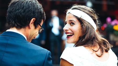 Bandeau de mariée : réinventé, il devient l'accessoire de l'année !