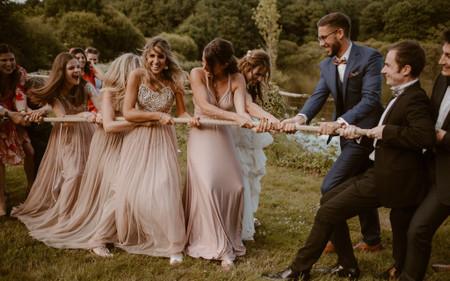 Tir à la corde : un jeu de mariage qui remporte tous les suffrages !