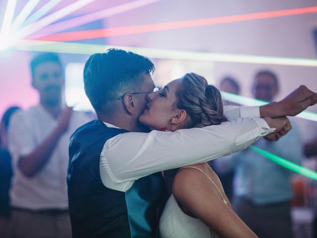 Playlist électro : le bon mix pour votre célébration de mariage