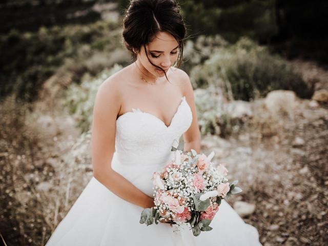 Robe de mariée bustier : droite ou en cœur d'après le test?