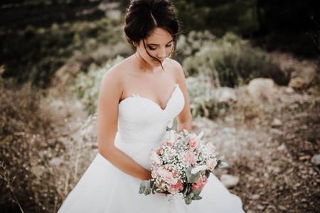 Test : robe de mariée bustier droite ou en cœur?