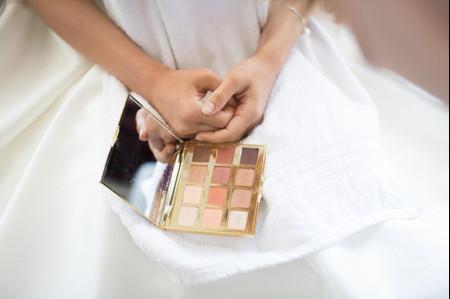 Maquillage de mariée : choisir la couleur du fond de teint la plus adaptée à votre peau
