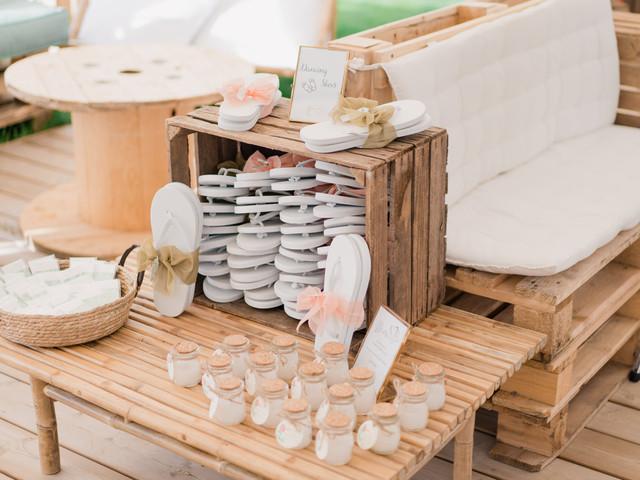 Offrir des tongs à vos invités de mariage: la bonne idée de l'été !