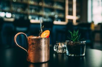 6 ingrédients que vous n'imaginez pas dans vos cocktails et qui changent tout !