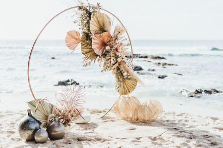 7 accessoires déco à accrocher à votre arche de cérémonie