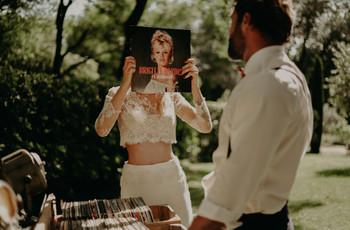 30 chansons incontournables pour un mariage rétro