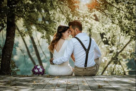 Rencontre sur Internet : 1 couple de futurs mariés sur 5 dit merci au numérique !