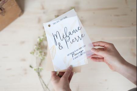 Du papier calque pour les invitations de mariage : 20 jolis modèles