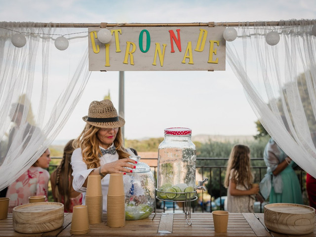 Bar à limonades pour un mariage d'été bien frais : facile, pas cher et bon !