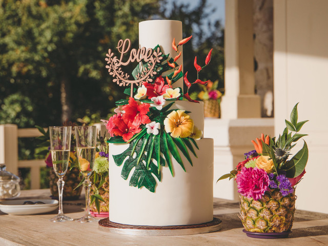 20 wedding cakes exotiques pour un mariage haut en couleurs