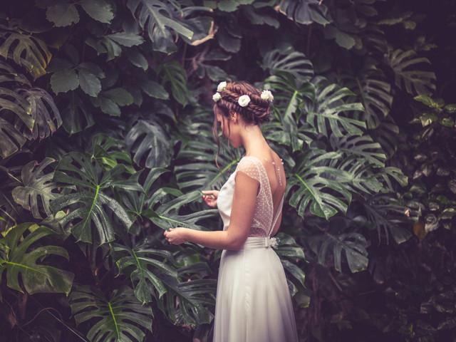 Les tresses autrement : 55 coiffures originales pour les mariées 2020
