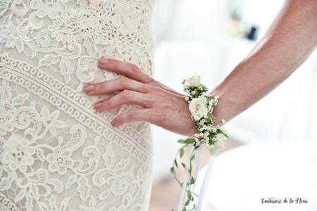 Bouquet-bracelet : la tendance wearable plants à découvrir tout de suite !