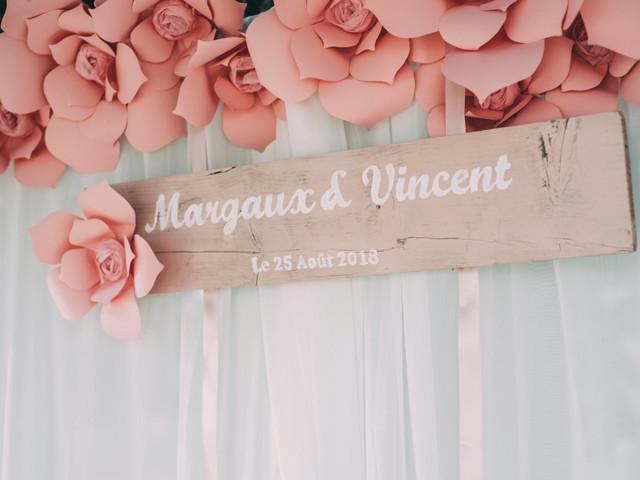 Fleurs en papier pour déco de mariage : les idées à faire germer !