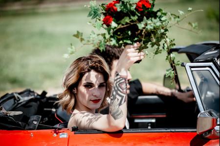 35 coiffures de mariée rock : les plus (re)belles !
